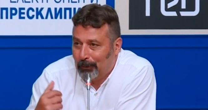 Филип Станев: Няма да поканим само ГЕРБ на консултации