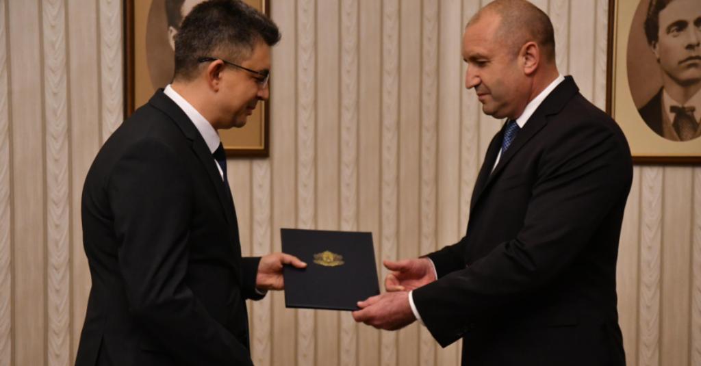 Вижте кой е Пламен Николов, предложен за премиер от ИТН