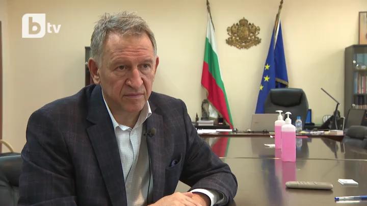 """Кацаров: Обсъждаме навсякъде да се влиза само със """"зелен сертификат"""""""